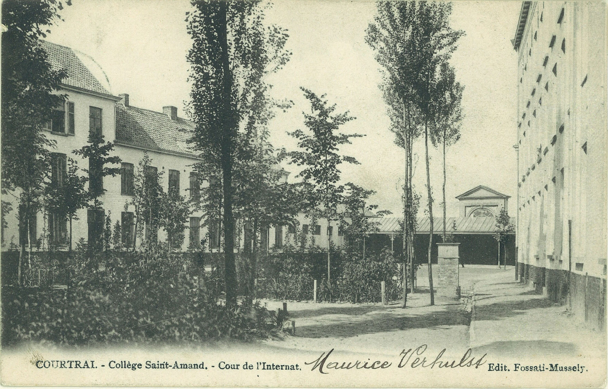 Binnenkoer Sint-Amandscollege