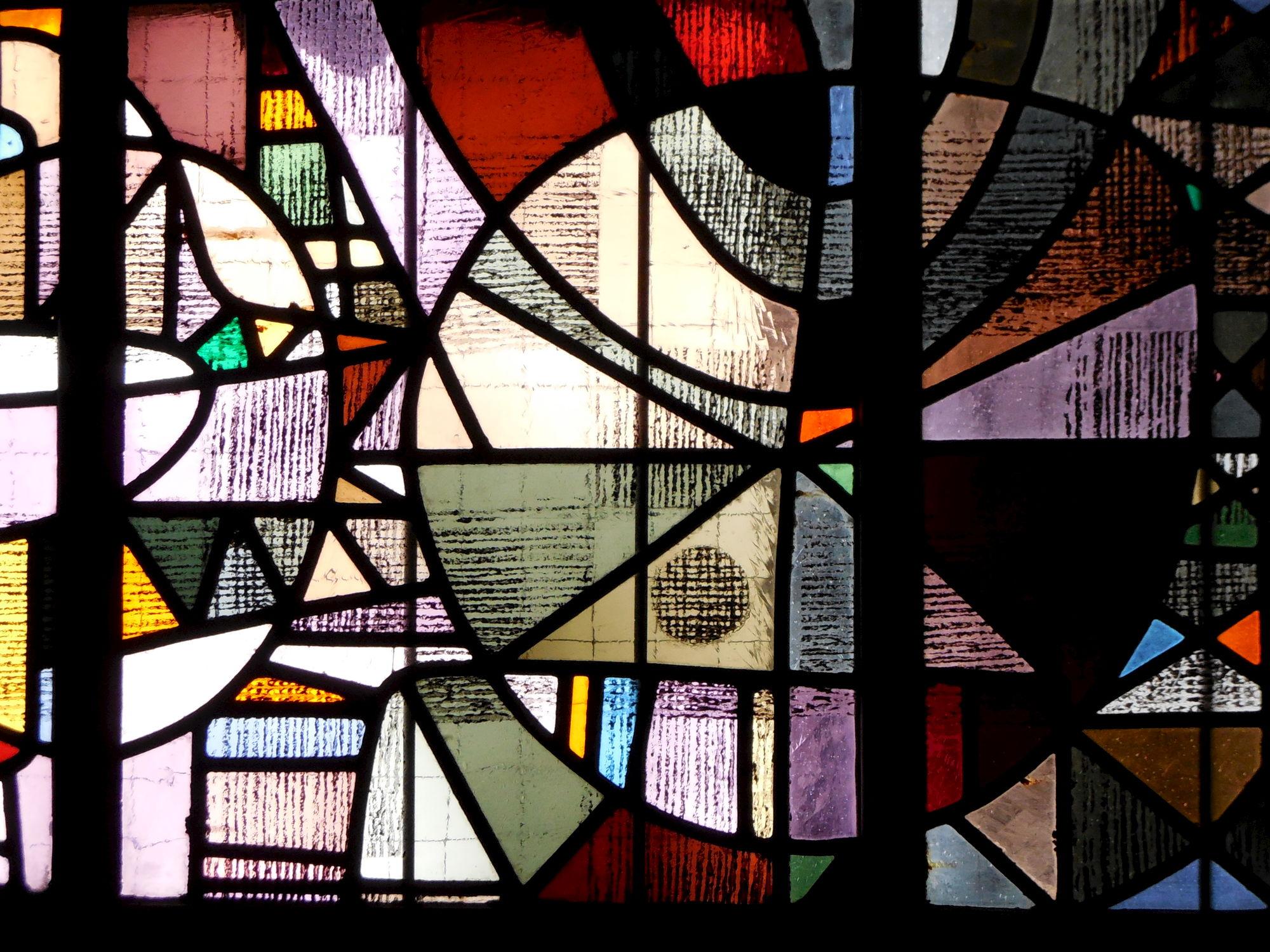 Glasramen Onze-Lieve-Vrouwekerk (15).JPG