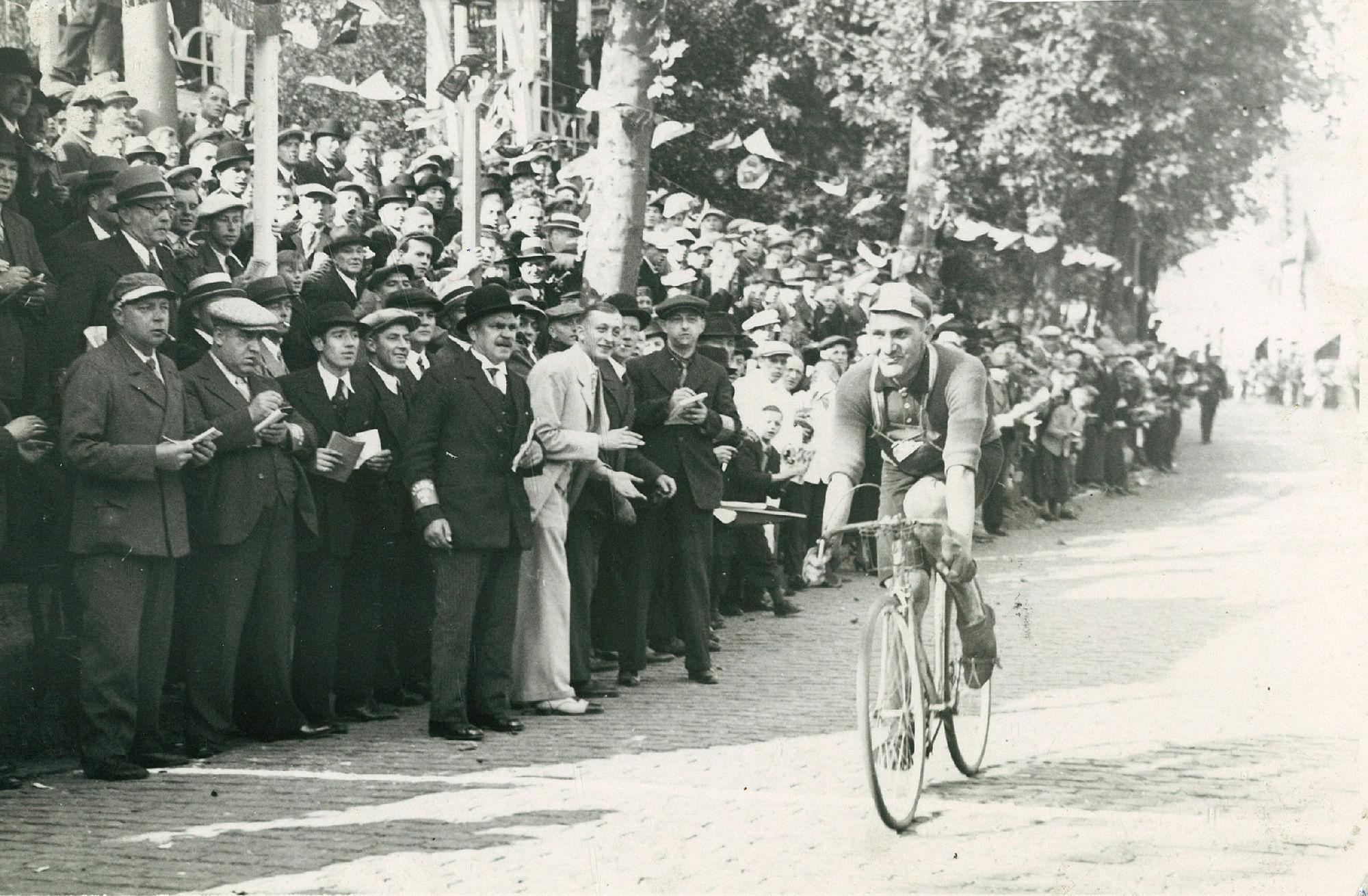 Wielrenner Douws in 1938