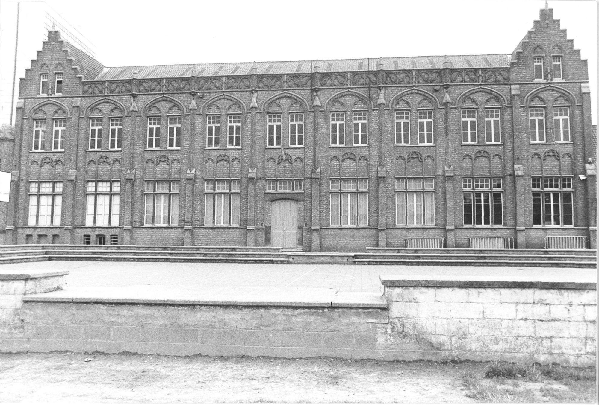 Feestzaal-Slaapzaal van het Sint-Amandscollege