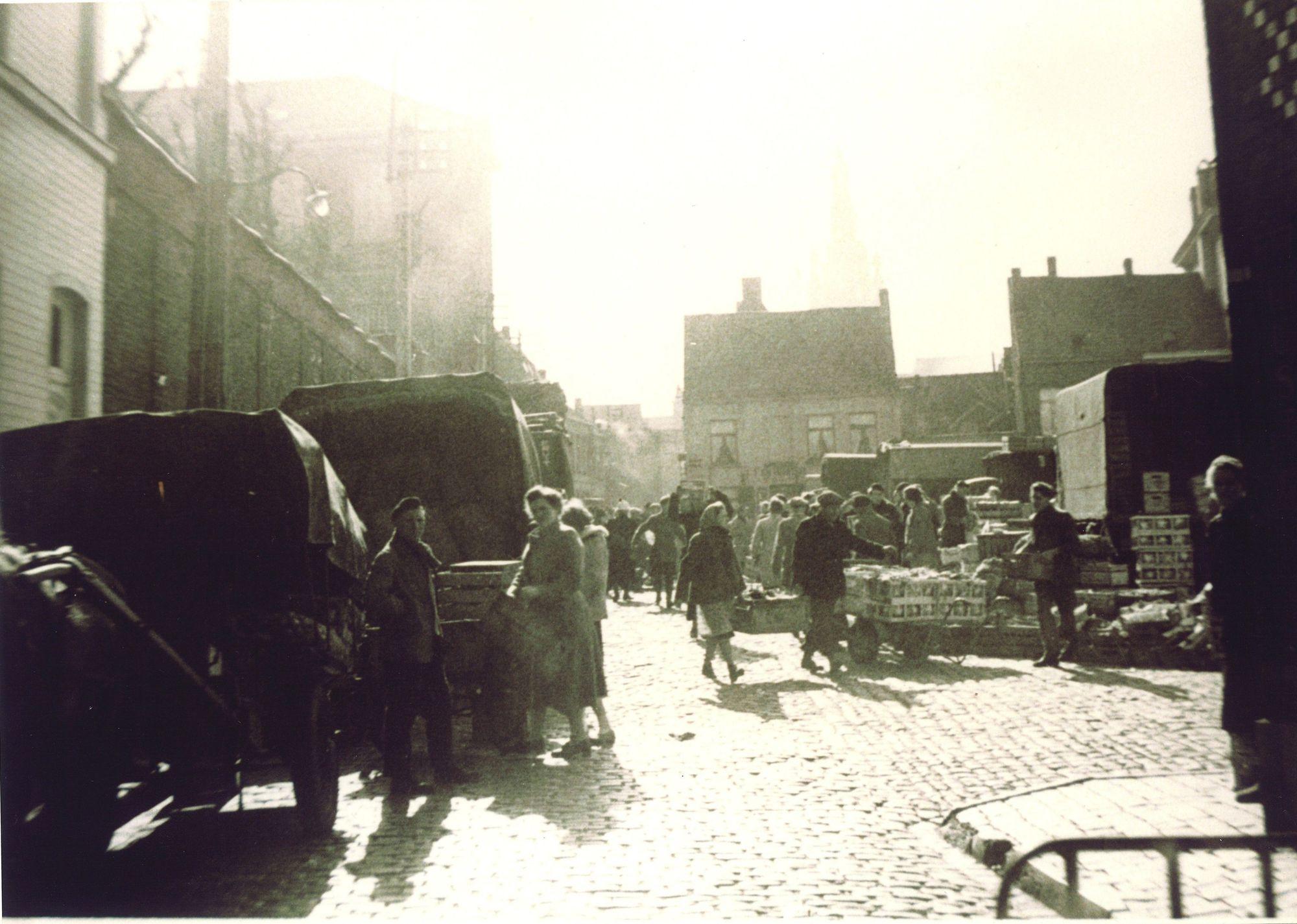 Marktdag op de Houtmarkt