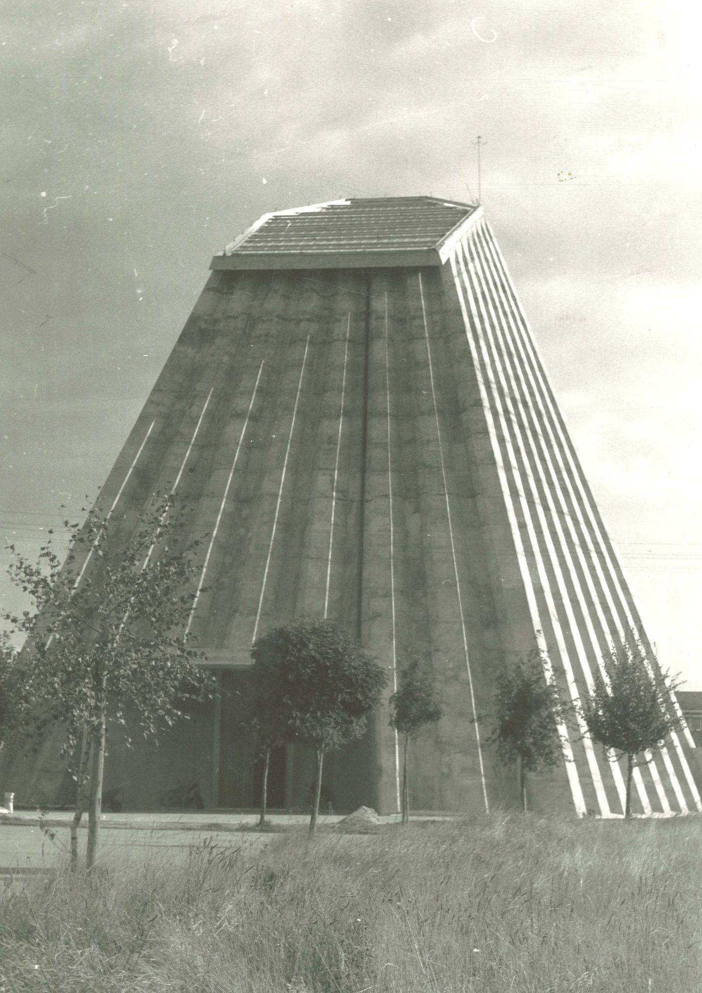Sint Ritakerk Harelbeke 1975